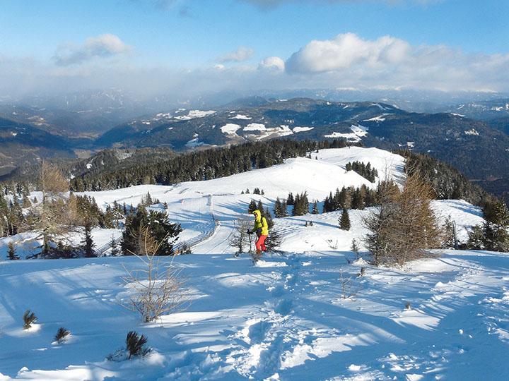 Abstieg über den Rücken bis zum Oberberg